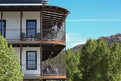 surf-hotel-chateau-buena-vista-contemporary-colorado-boutique-hotel-buena-vista-colorado-wedding-venue-